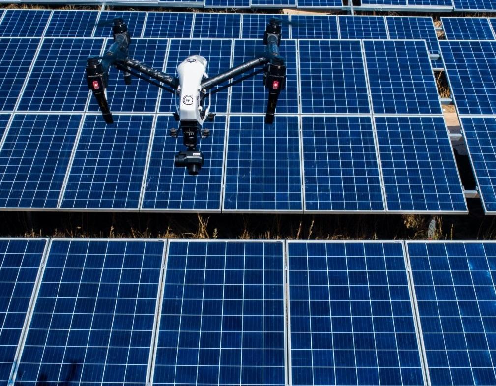 Drone DJI inspeccion paneles solares